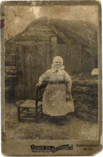 Kleinste vrouw Schuinesloot